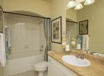 leagecity_interior_bathroom100716
