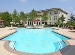 pool-area-outside-league-city-apartments